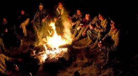 Ấn tượng với những trò chơi bên lửa trại
