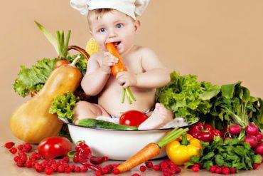 Thực đơn cho bé 8 tháng nhẹ cân tăng cân vùn vụt
